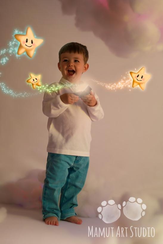 niño_cofre_estrellas